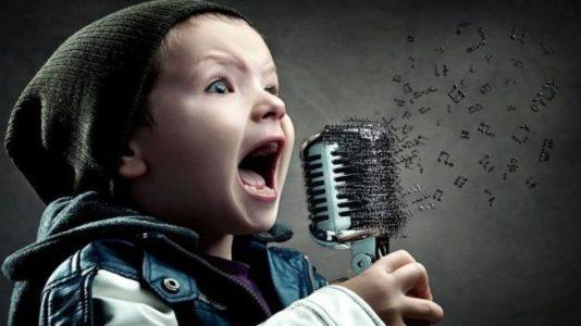 mikrofon-e1485292275558